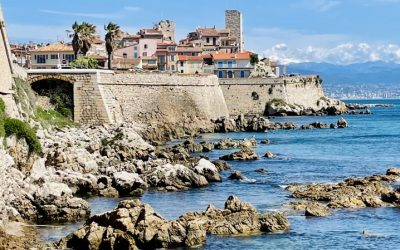 Why Should I Buy A Villa in The Cap d'Antibes?